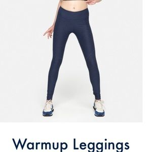 Outdoor voices warm up leggings Navy, size M